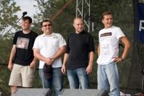pan Jan - druhý zprava, vítěz Pivopijády 2011